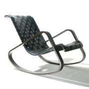 Schaukelstuhl mit geflochtenem Leder
