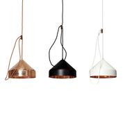'Lloop Lamp' in Kupfer