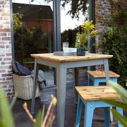Outdoor-Tisch '6Grad' mit Eichenholz