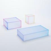 Farbiger Beistelltisch aus Glas
