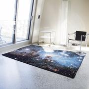 Galaktischer Teppich 'Nebula Heic' von Schoenstaub
