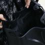08 yoshiki bucket bag schwarz