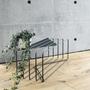 Lume shoestand large charcoalblack sideways details plants h