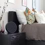 Tivoli audio art orb schwarz schwarz nachttisch schlafzimmer ambiente